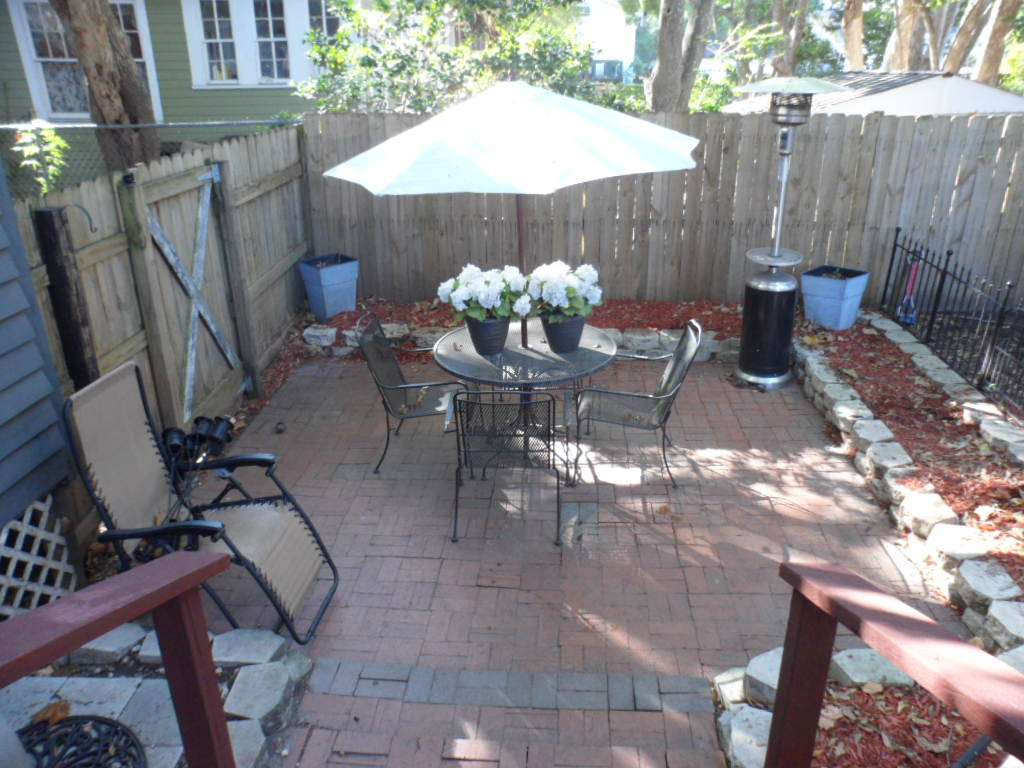 Home For Sale with Patio in Midtown Mobile