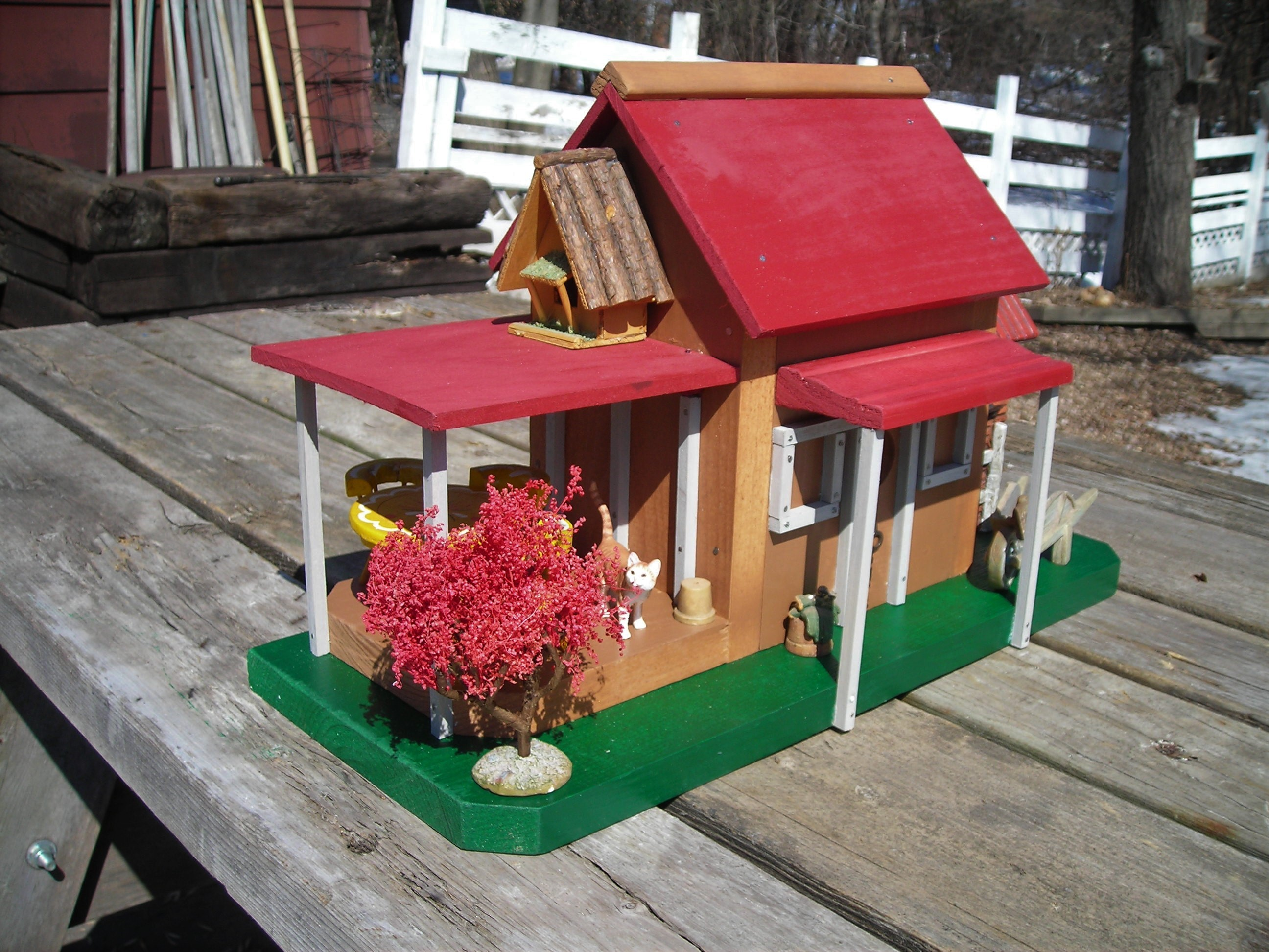 Rons Rustic Birdhouses Red Roof Cottage left