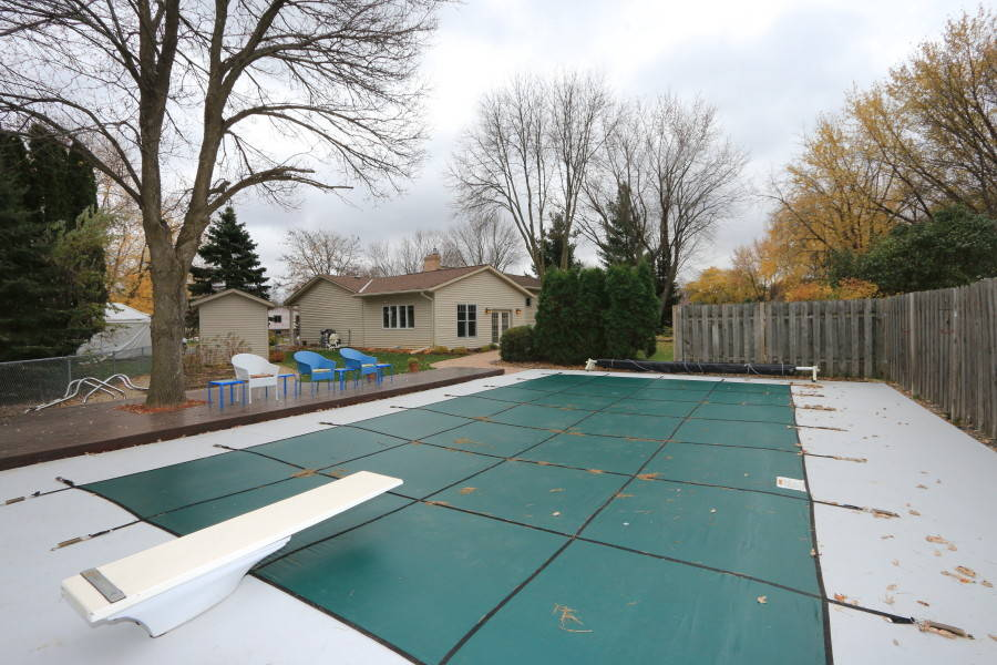 In-ground heated swimming pool