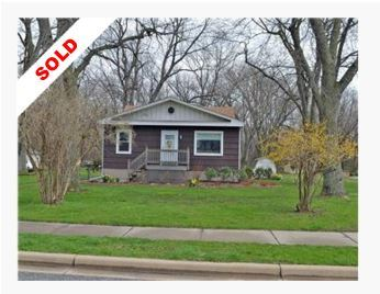 Hessville Indiana Home sold fast when listed by Jeff & Grace Safrin of F.C.Tucker 1st Team Real Estate