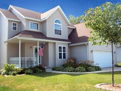 Valparaiso Home Sold Multiple Offer situation - Jeff & Grace Safrin represented the qualified relocating buyers