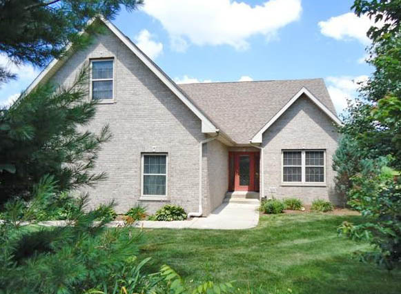 Valparaiso Indiana Home Sold Jeff & Grace Safrin of F.C.Tucker 1st Team Real Estate represented the relocating buyers in the cash sale
