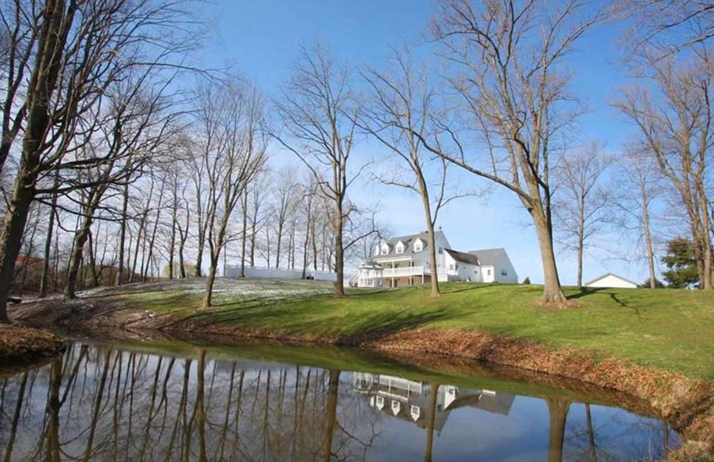 Knox County Ohio Homes with Acreage and Larger Lots