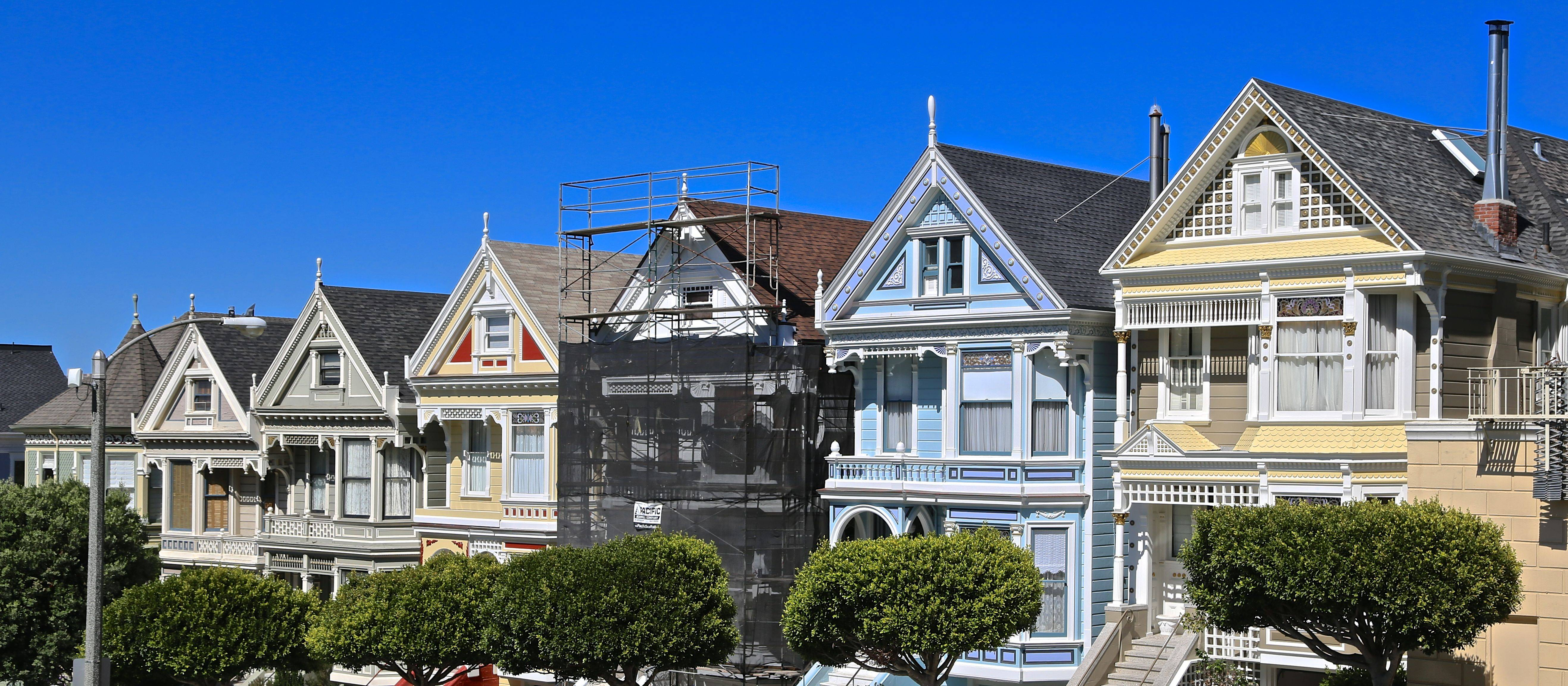 World famous painted ladies victorian homes for San francisco victorian houses history
