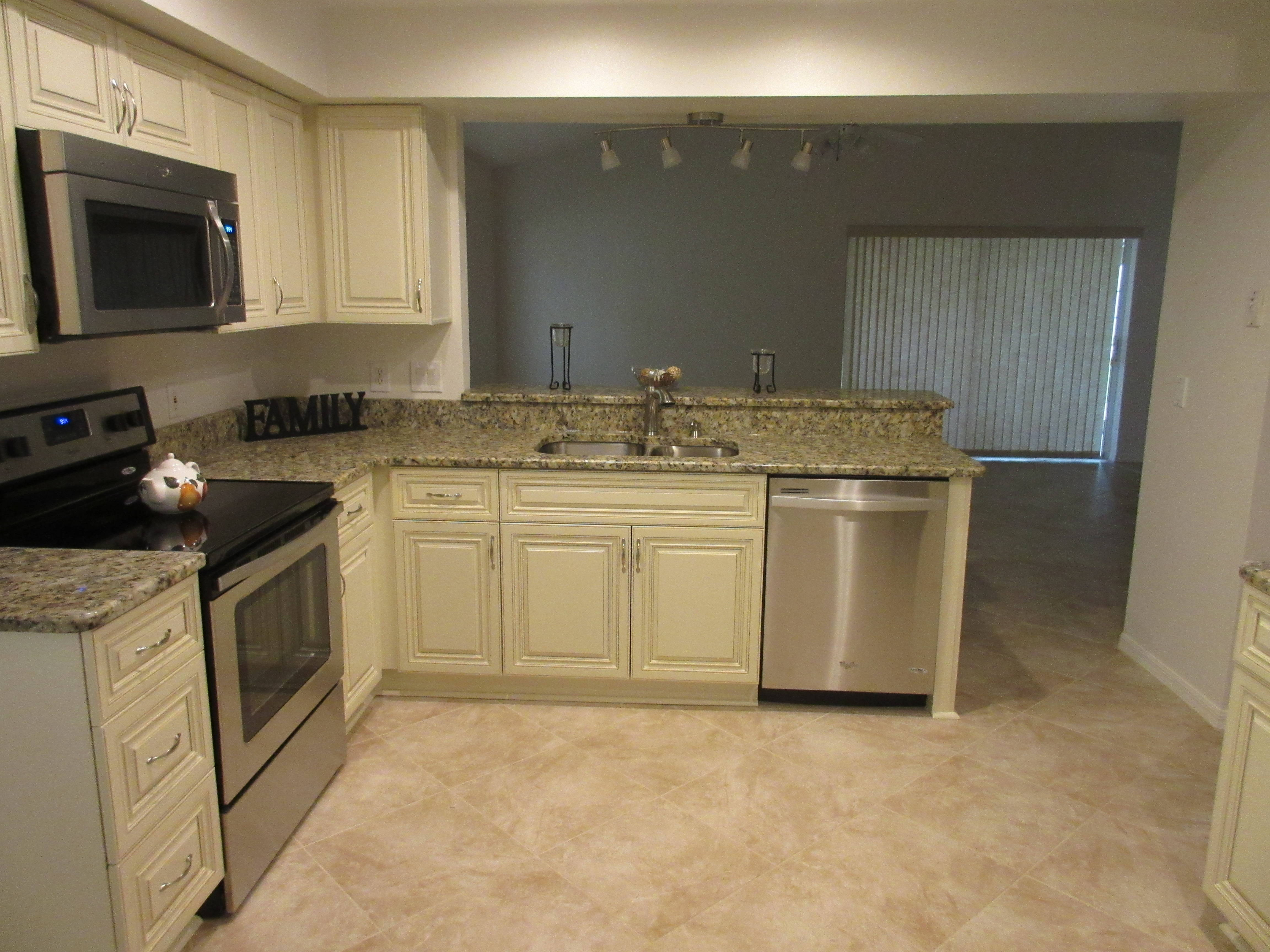 Gorgeous remodeled kitchen in Cypress Bend Melbourne Home for sale