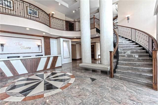 156 Enfield Place, Mississauga, Lobby