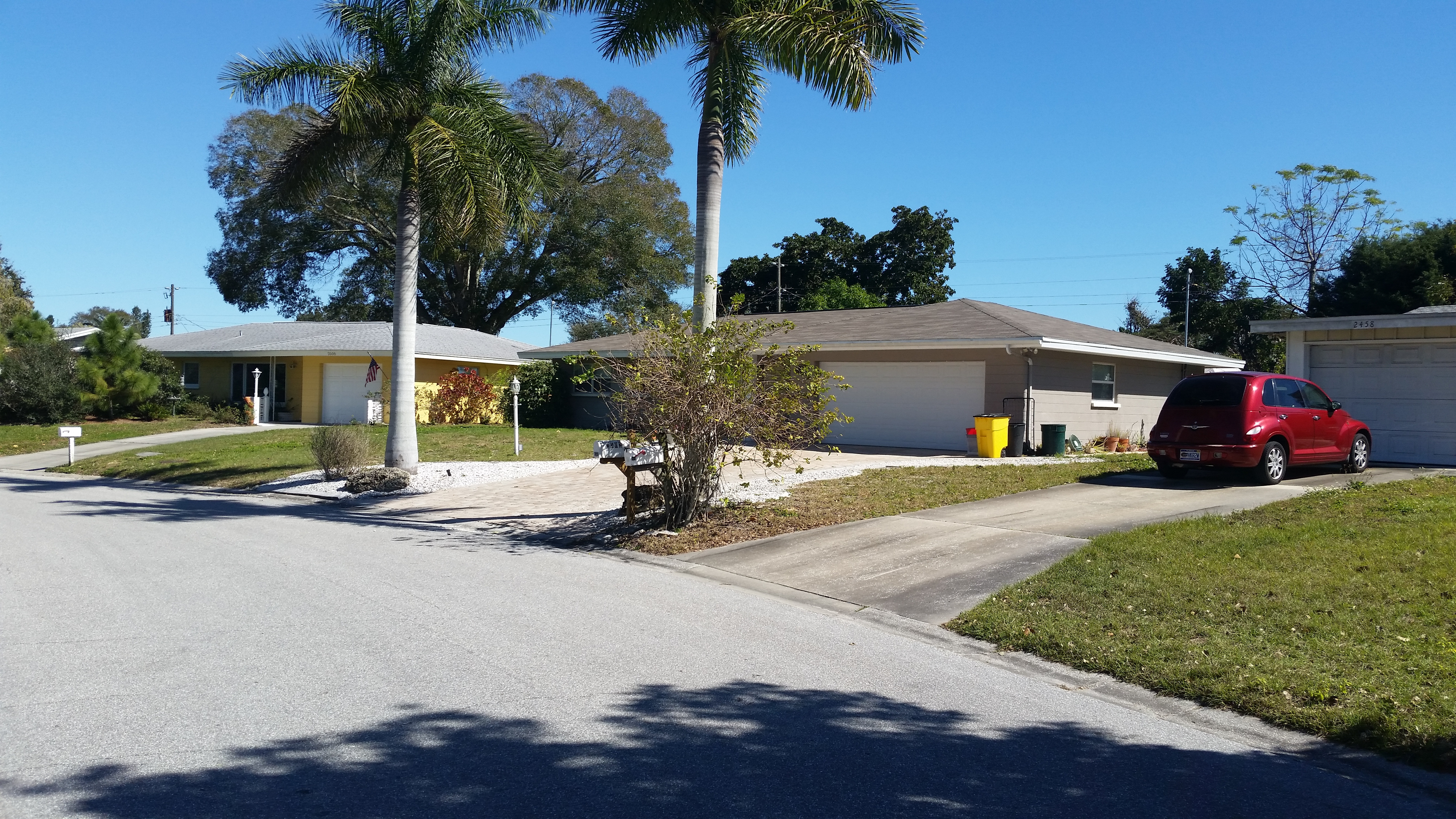 10 houses under 50 000 cottages cabins woodwork 10 houses for Cost to build a house in florida