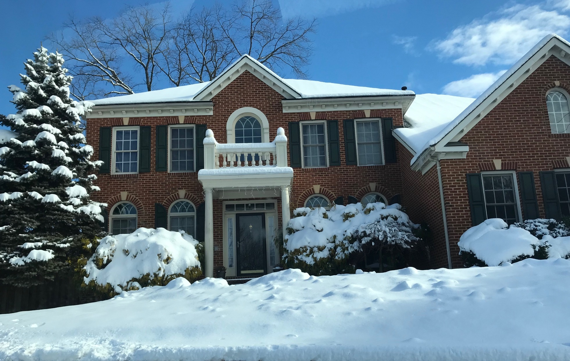 Kingstowne home image winter