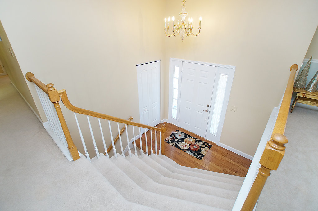entry foyer with selectann.com