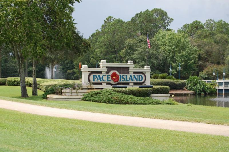 Pace Island Entrance