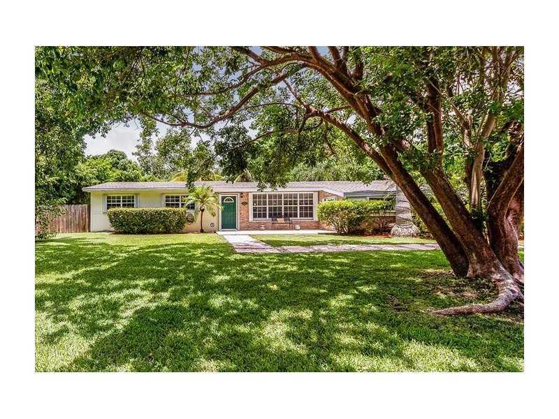 home for sale in palmetto bay 17220 sw 89th court
