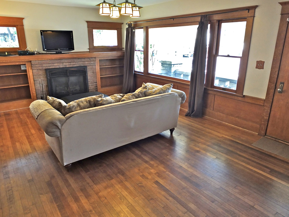 Craftsman Style Home For Sale In Long Beach