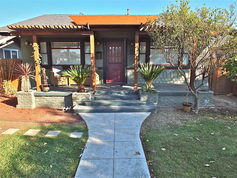 Craftsman duplex for sale in long beach ca 1225 e 8th street for Craftsman homes for sale in california