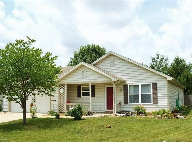 Lafayette IN 47905 3 bedroom 2 full bath ranch home for sale with fenced yard 2 car attached garage in Weston Woods