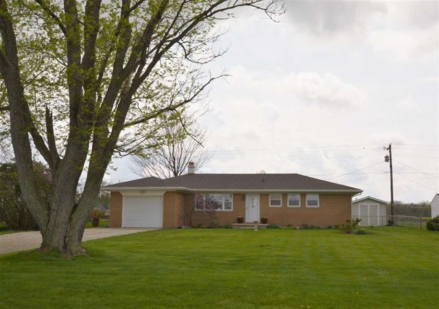 Lafayette Indiana 47905 3 bedroom ranch in Hershey Elementary has brick exterior.