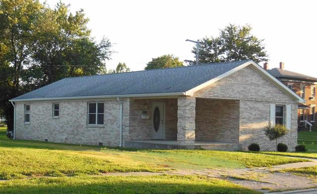 Thorntown IN 46071 3 bedroom brick ranch home for sale with porch