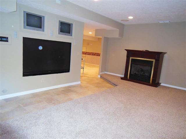 West lafayette 4 bedroom home for sale finished basement granite counters in kitchen minutes for 4 bedroom house with finished basement