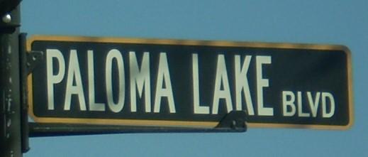 Paloma Lake Street Sign