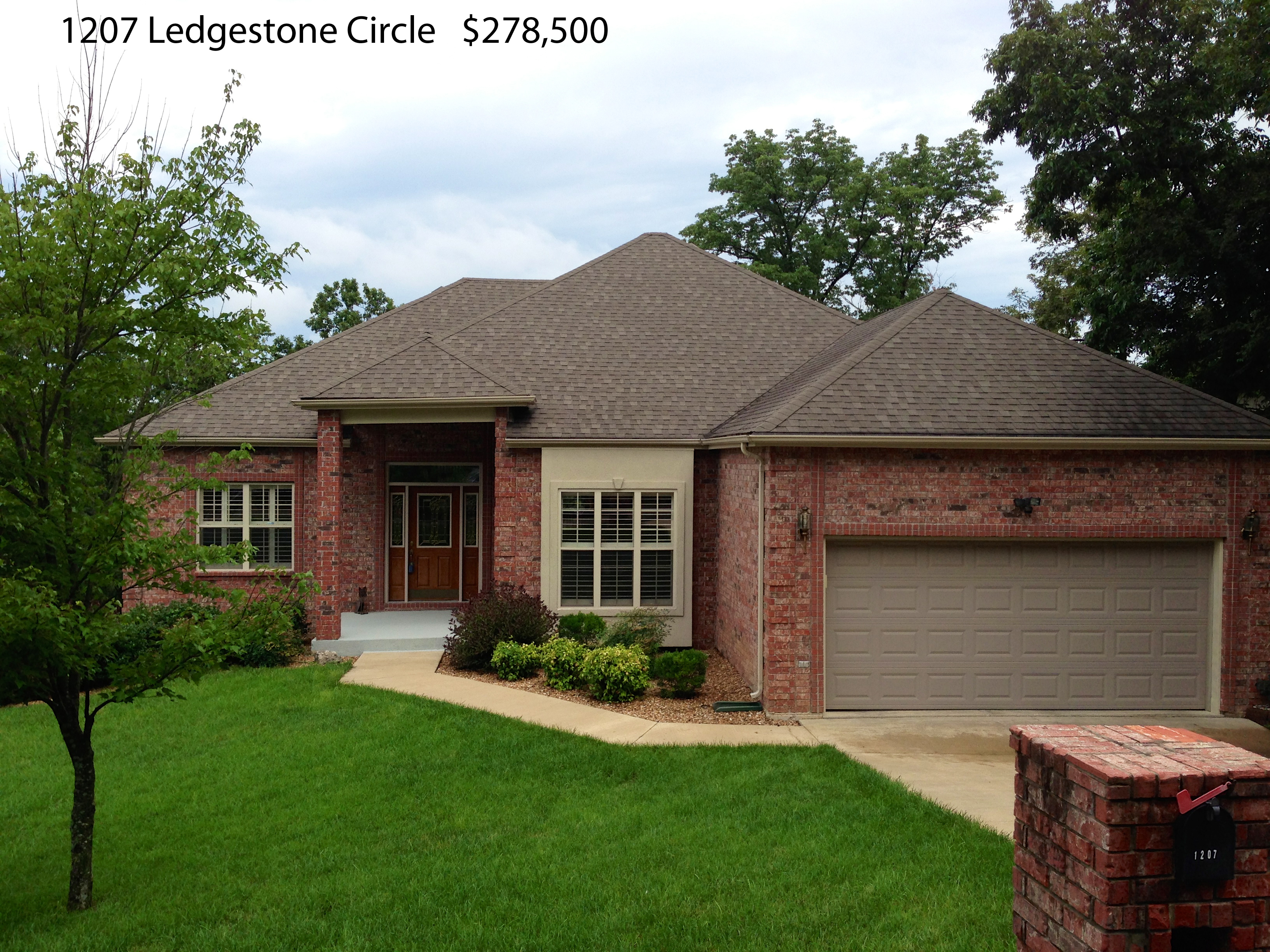 1207 Ledgestone Circle