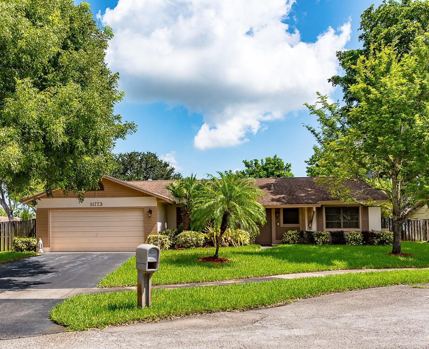Flamingo Gardens Home For Sale Cooper City Fl No Hoa