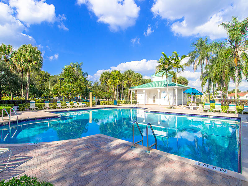 Home for Sale in Silver Lakes Miramar FL