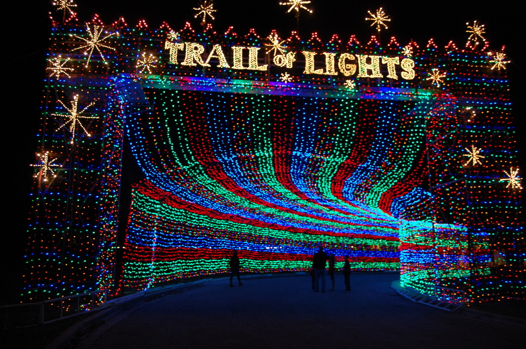 click here to the 2017 all states in the united states christmas light display finder