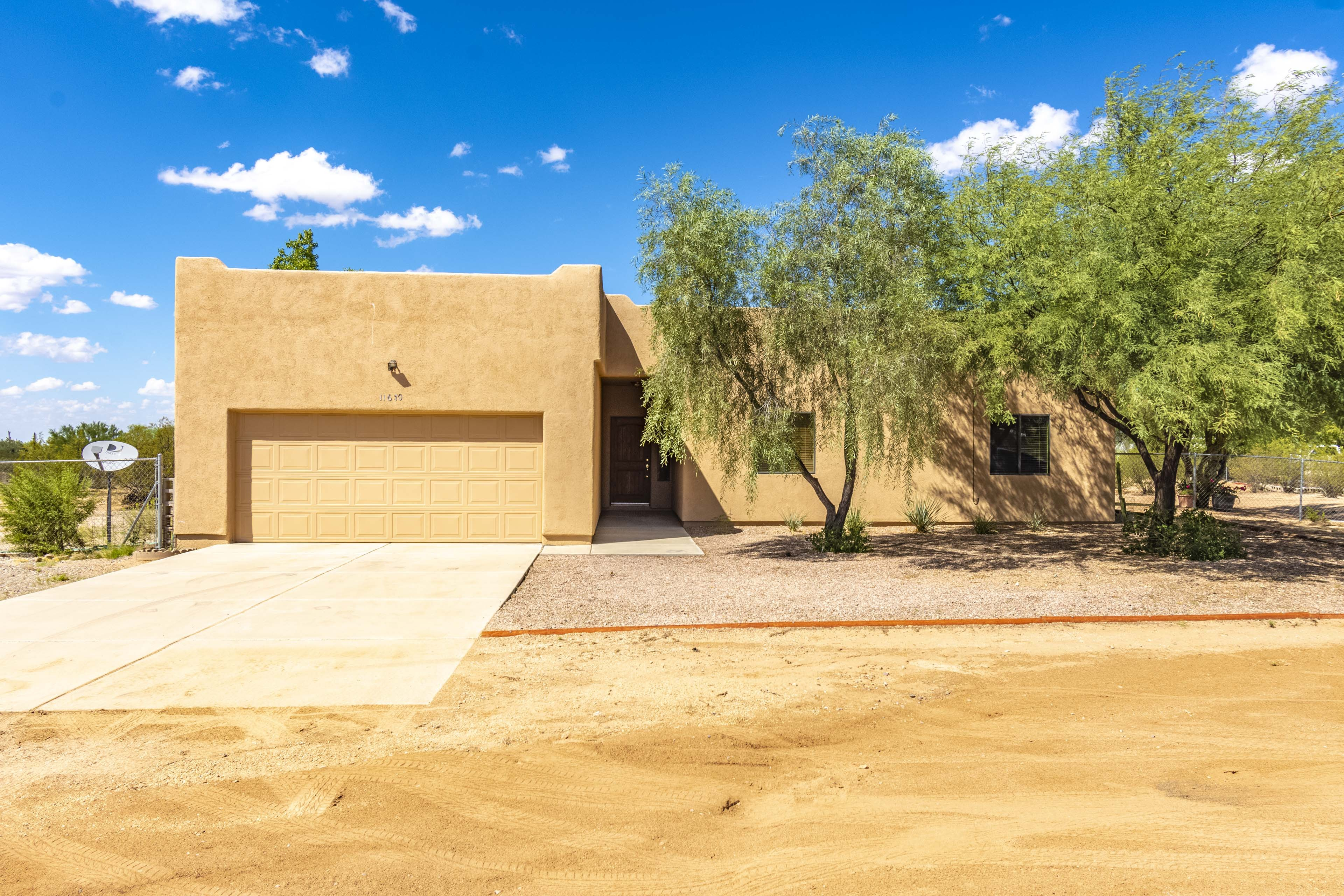 Horse Property in Tucson Ranch Santa Fe