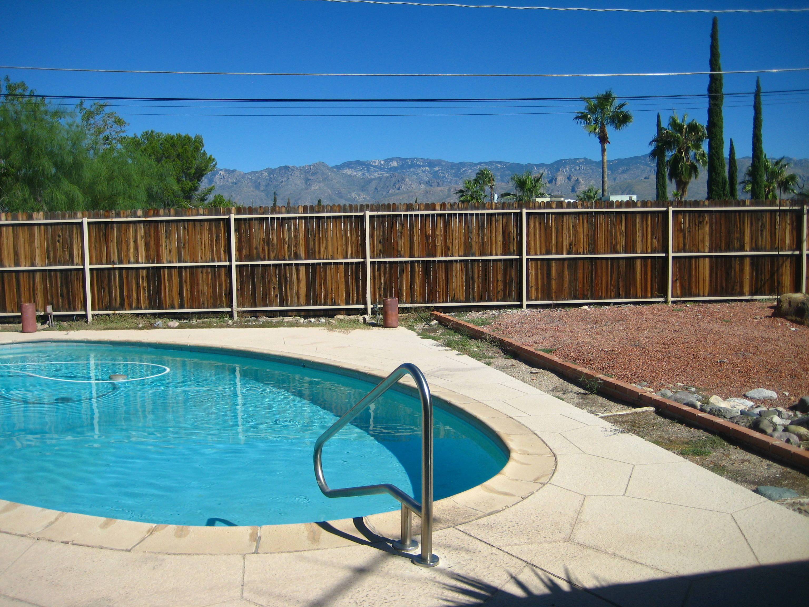 3 bedroom East Tucson home for sale with pool