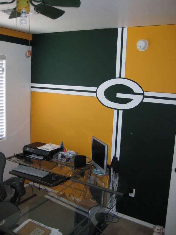 GForce Green Bay Packers Packer Backer