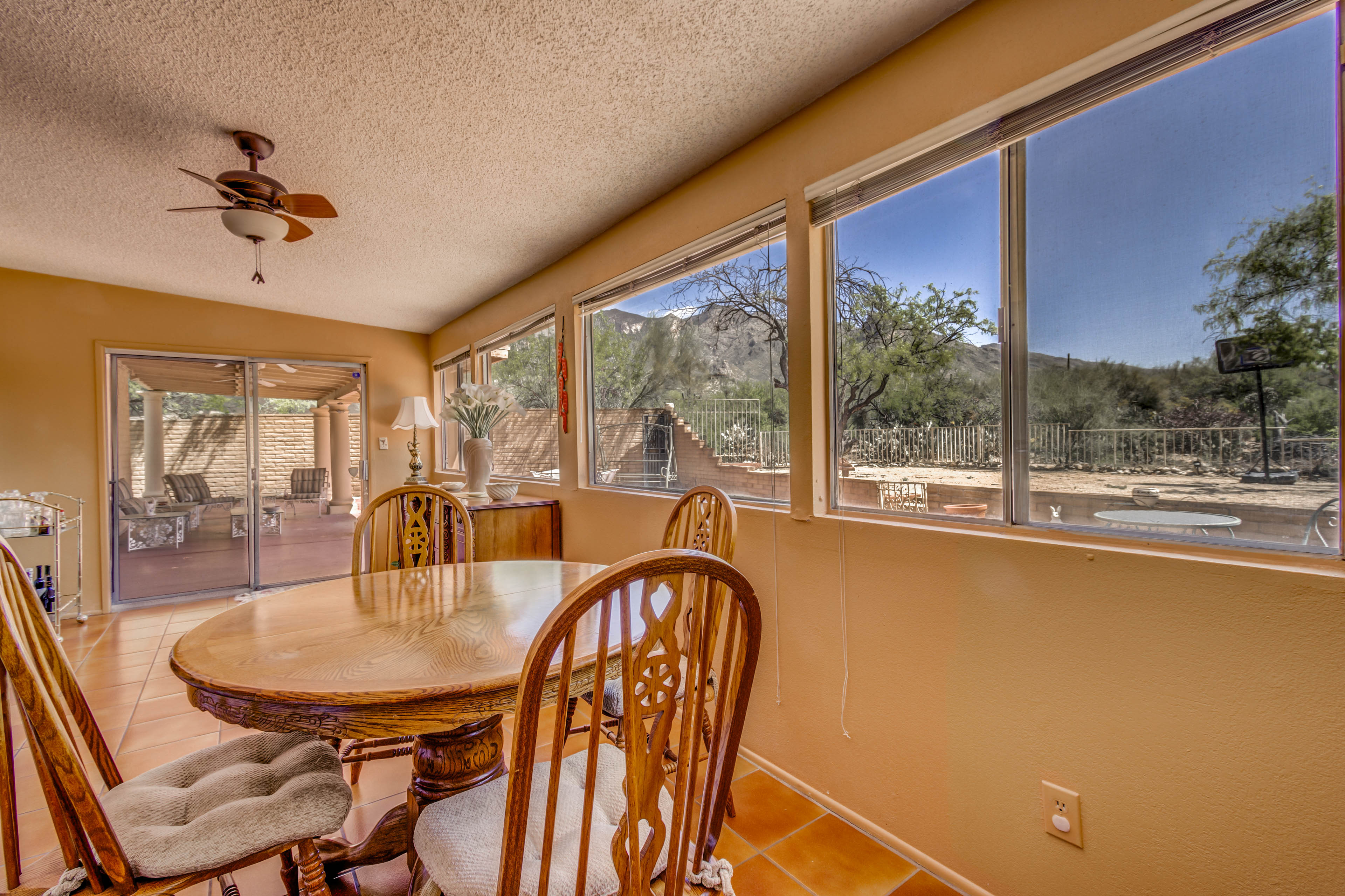 Foothills Clusters North Tucson Home for sale