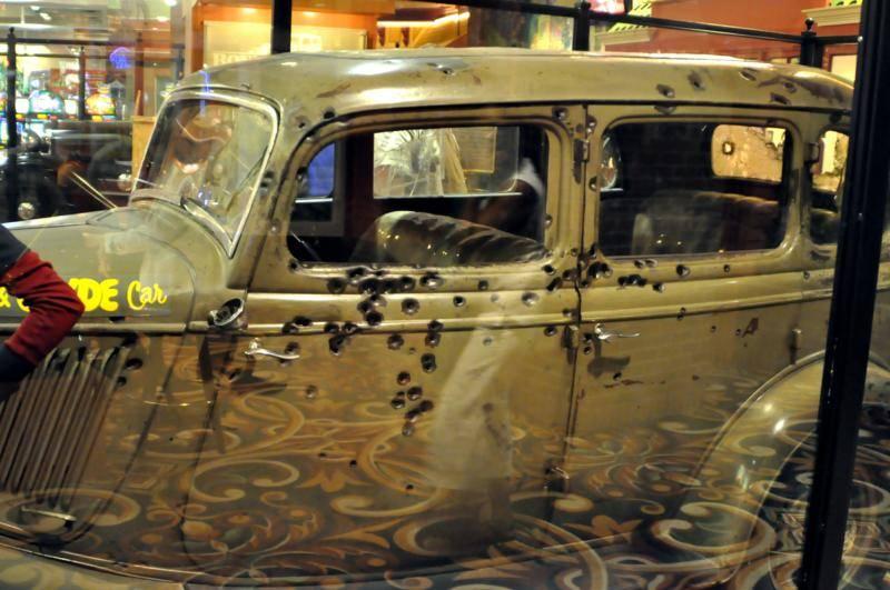 Bonnie Clyde Car By Robert Swetz