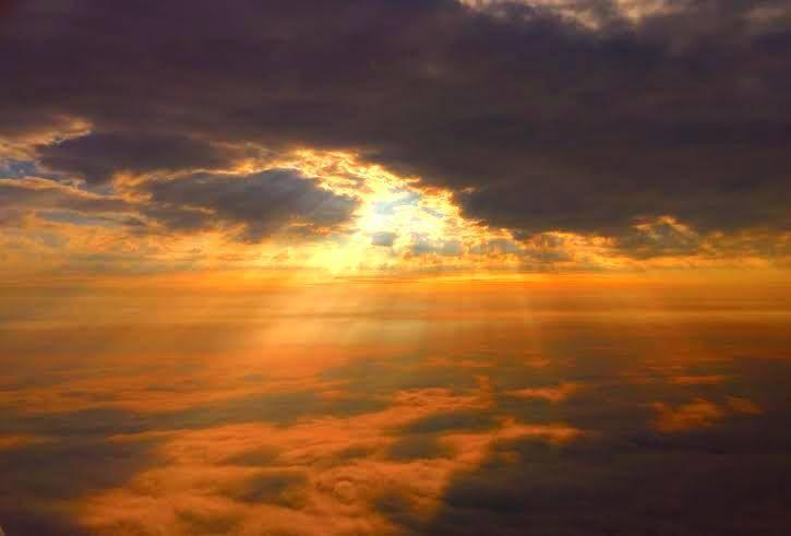 Sunset over Alaska by Robert Swetz