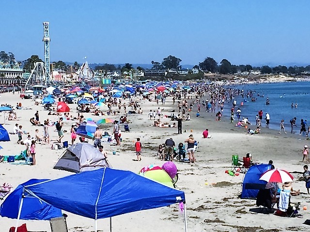 Santa Cruz by Robert Swetz