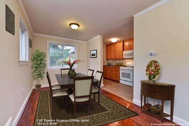 3051 Manning Street dining room