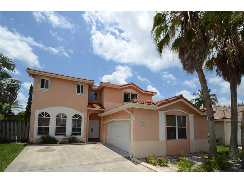 5 Bedroom 3 Bath Two Story Pool Home For Sale in Poinciana Parc, Davie