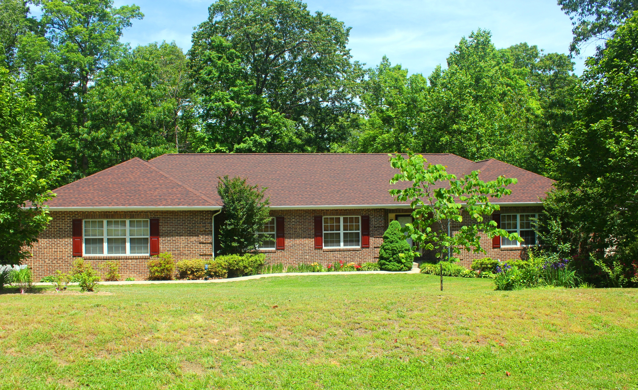 Single family home on over 3 acres in waldorf md for Waldorf home