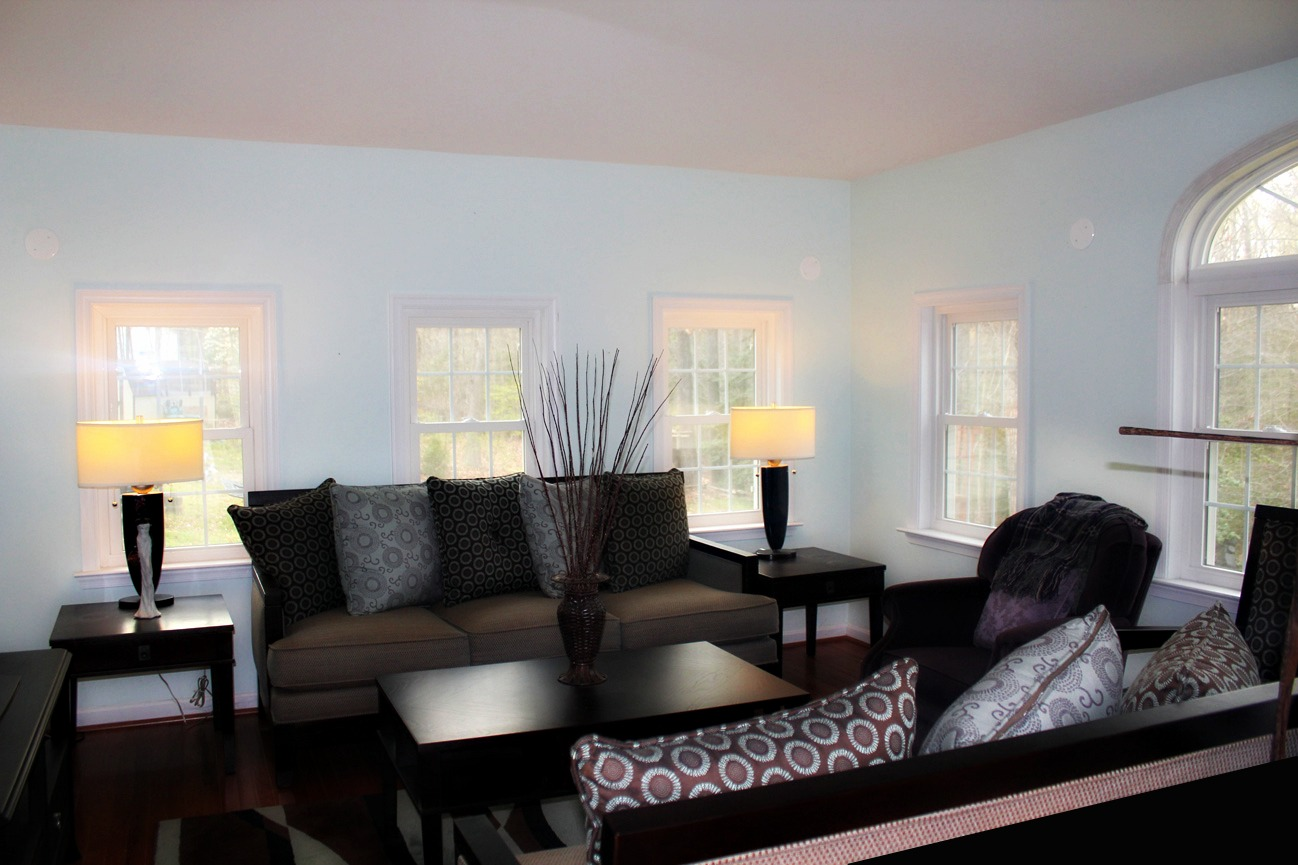 Single Family Home On Over 3 Acres In Waldorf Md