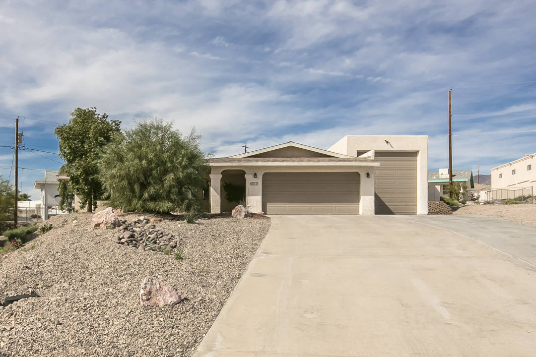 Gorgeous Rv Garage Home With Pool Spa In Lake Havasu