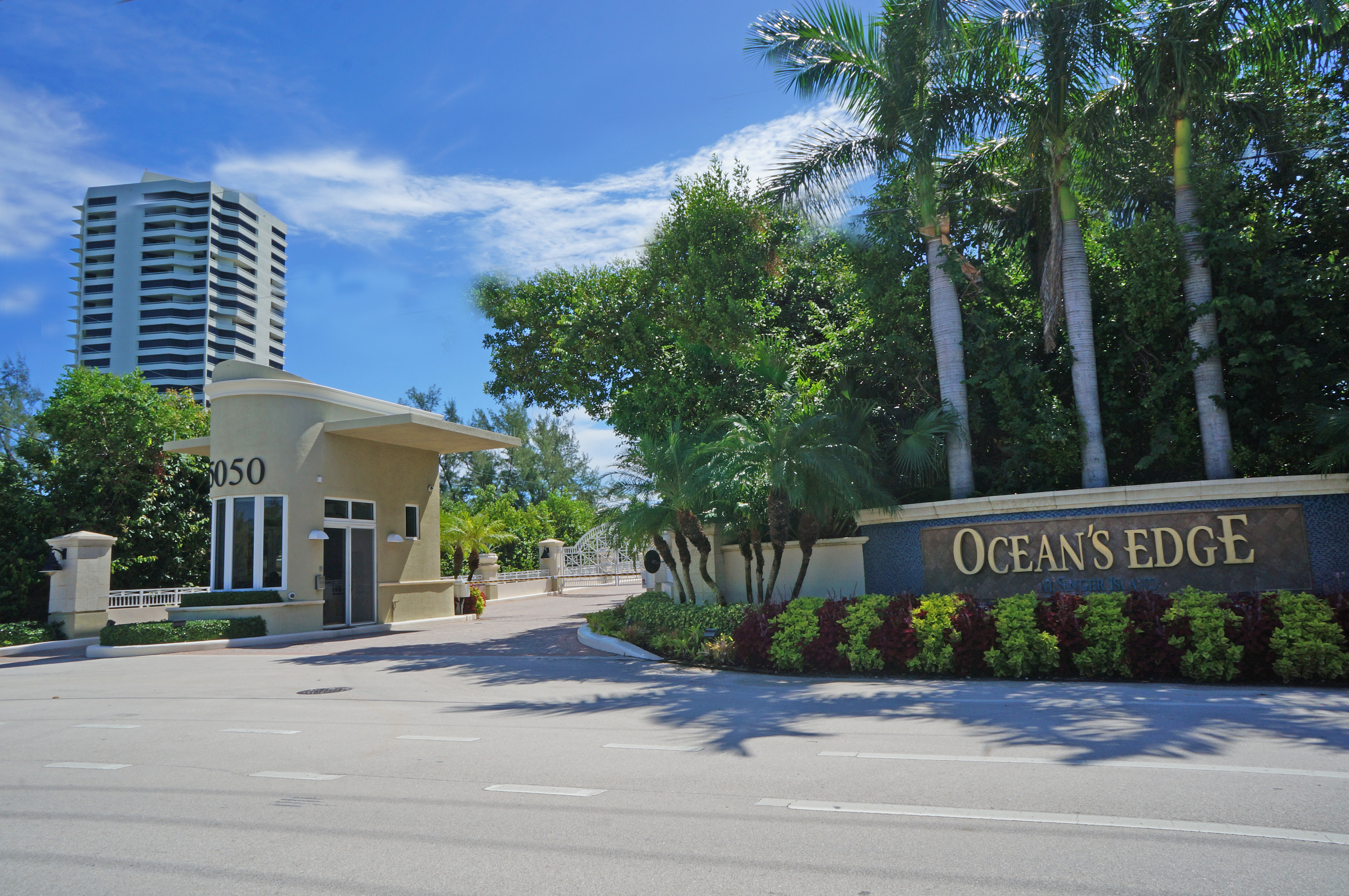 Ocean's Edge Singer Island Luxury Oceanfront Condos in Florida