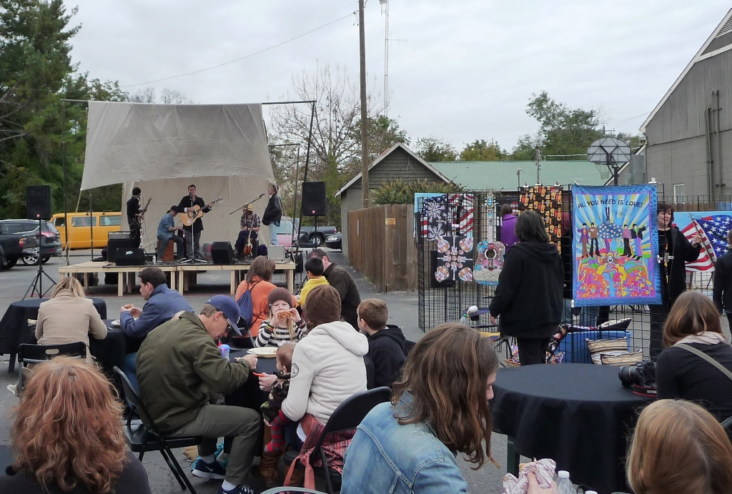 pumpkinfest takes over main street in downtown franklin tn. Black Bedroom Furniture Sets. Home Design Ideas