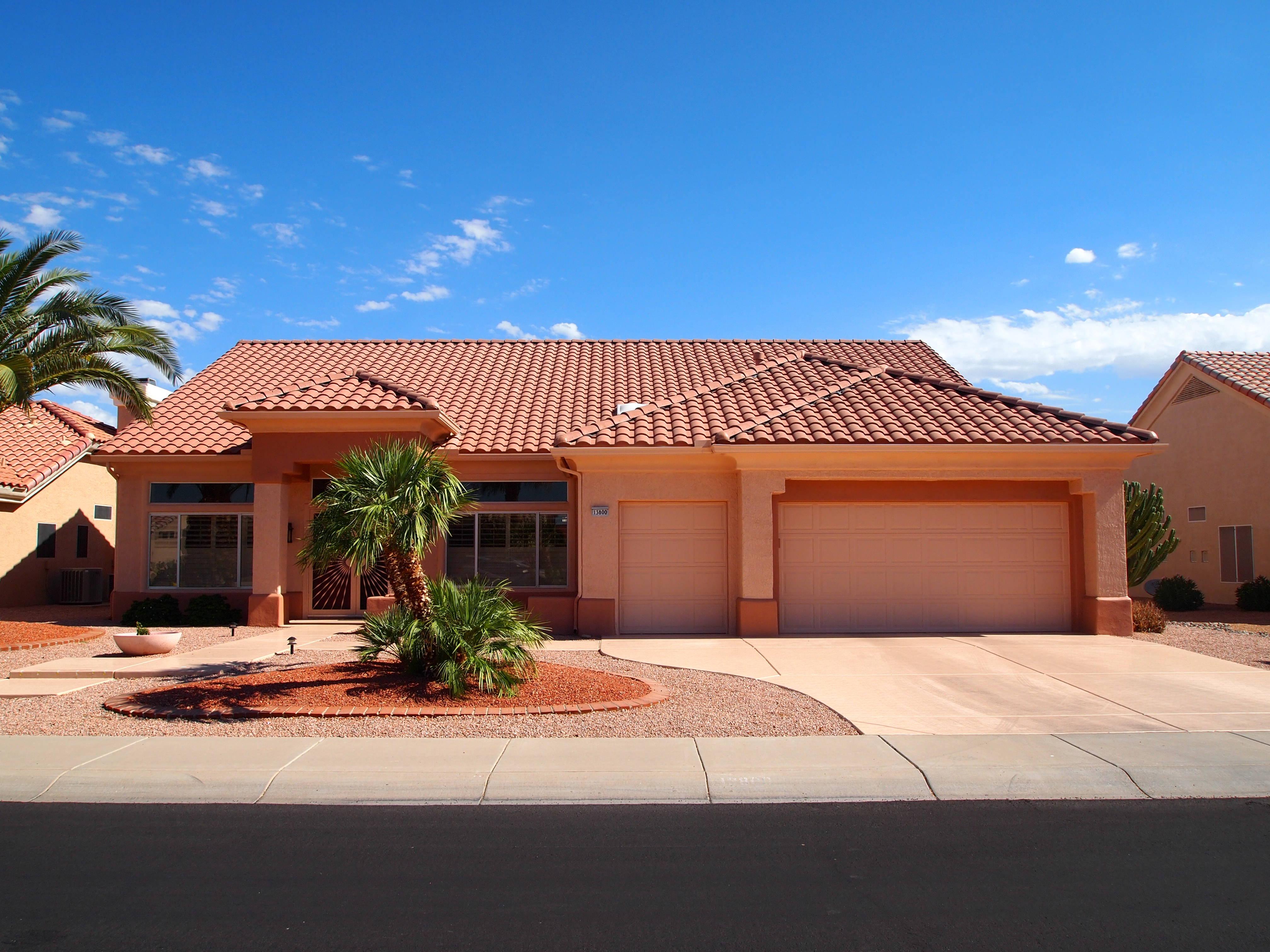 Peachy Golf Course Homes For Sale Sun City West Az 85375 Home Interior And Landscaping Mentranervesignezvosmurscom