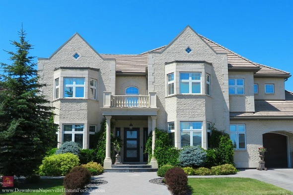 Homes for Sale in East Highlands Naperville  - Your dream home is waiting here in the East Highlands homes for sale.