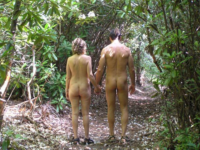 Hike Nude 15