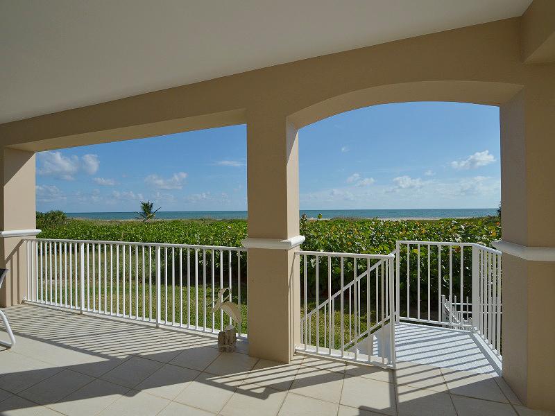 Colony Club oceanfront balcony