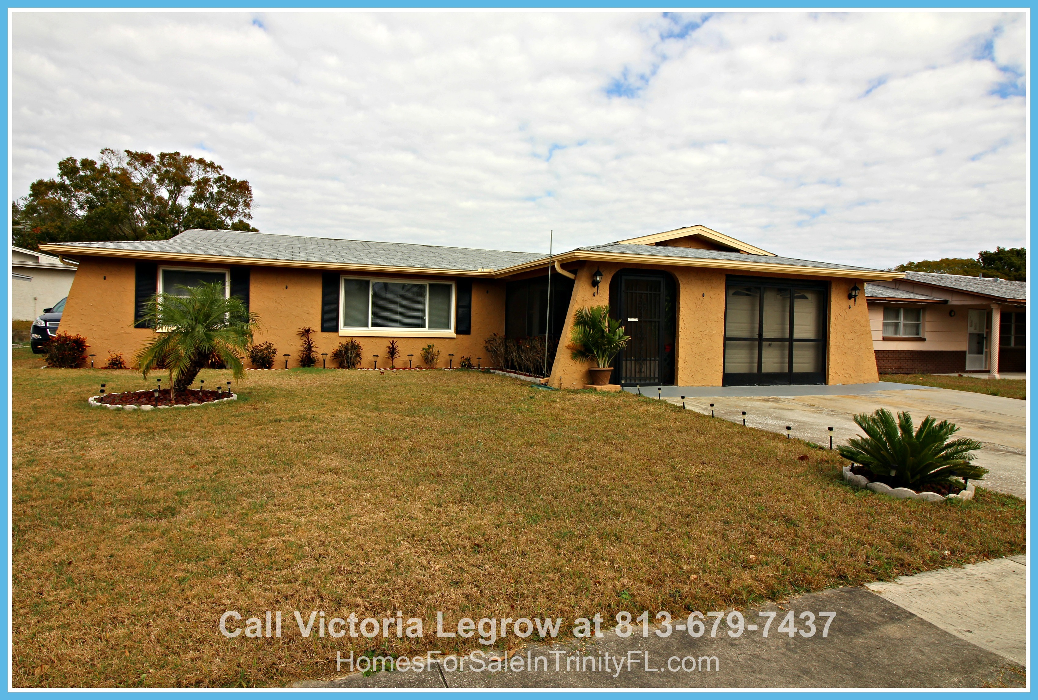 Holiday FL Homes for Sale - This single family home in the popular subdivision of La Villa Gardens FL is a treasure waiting for you!