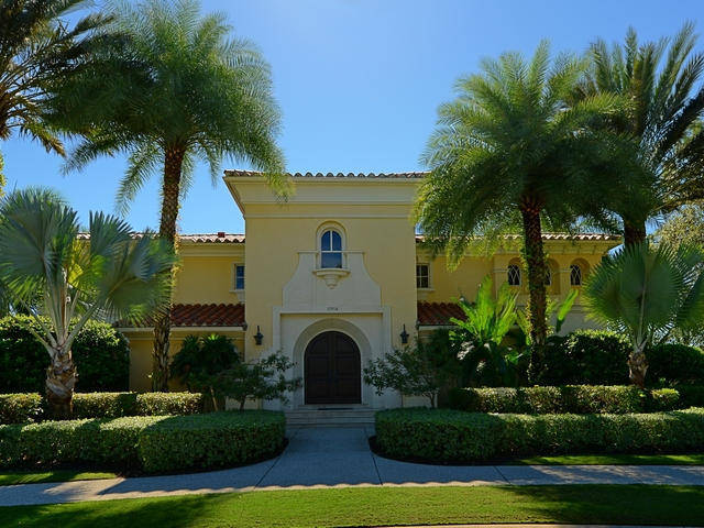 Old Palm Golf Course Real Estate
