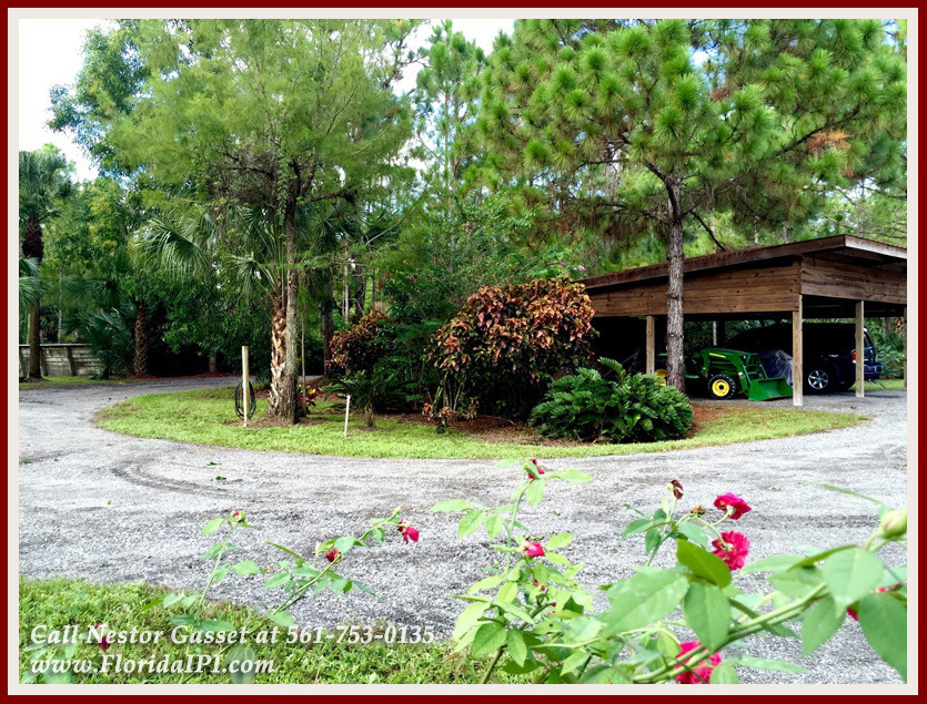 Equestrian Homes For Sale in Fox Trail Loxahatchee FL - 1154 Clydesdale Dr Loxahatchee FL 33470 - 220V Hook Up For Trailer & Storage Shed