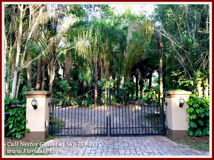 Equestrian Homes For Sale in Fox Trail Loxahatchee FL - 1154 Clydesdale Dr Loxahatchee FL 33470 - Gated Entry