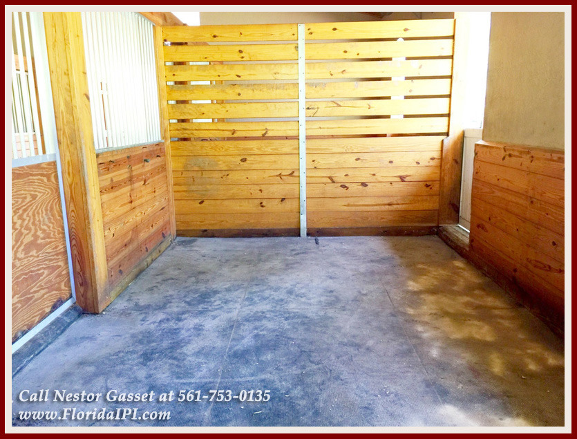 Equestrian Homes For Sale in Fox Trail Loxahatchee FL - 1154 Clydesdale Dr Loxahatchee FL 33470 - Stalls With Rubber Matting
