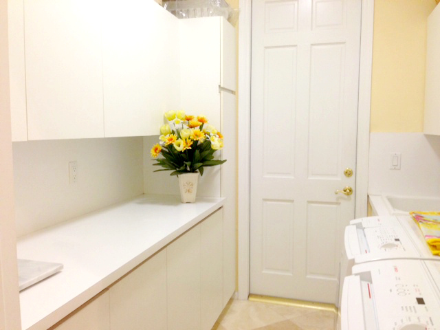 Golf course homes in Polo West Wellington - Utility Room